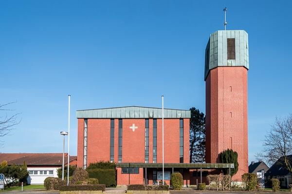 Kirche der Gemeinde St. Bonifatius Dortmund Lichtendorf / Sölde