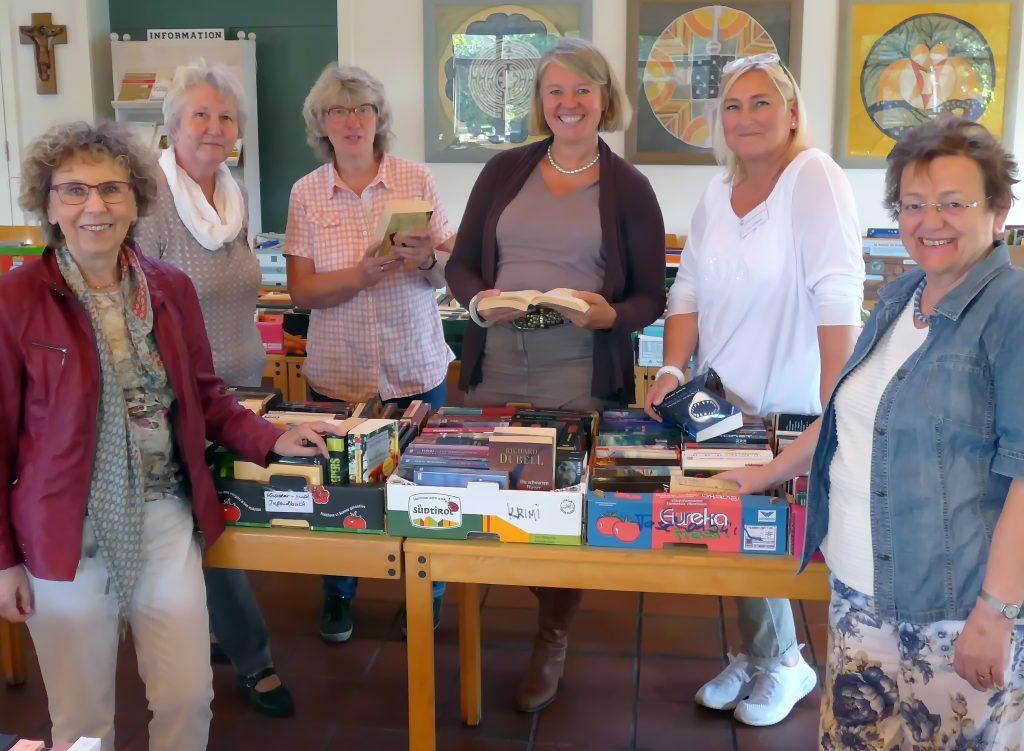Team KÖB Bücherflohmarkt